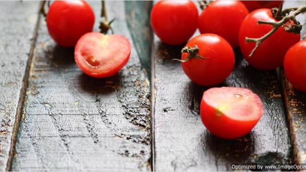 O irresistivel Tomate. Versatil, delicioso, cheio de cor e com propriedades extremamente beneficas.