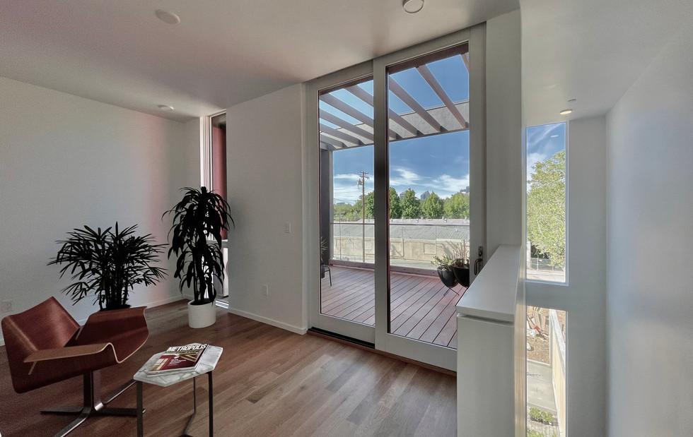 Upper Level 2 Bedroom / Loft Area