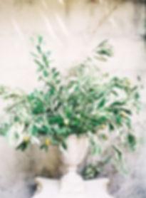 vintage-wedding-centerpiece-with-olive-b