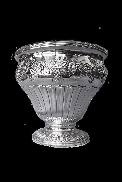 Vaso a coppa in argento massiccio