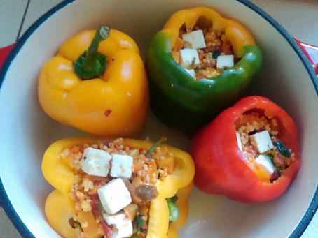 Papryka faszerowana kaszą jaglaną i warzywami
