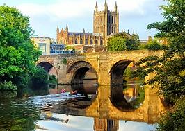wye bridge canoe hire.png