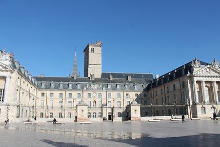 Palais des Ducs - Office de tourisme de