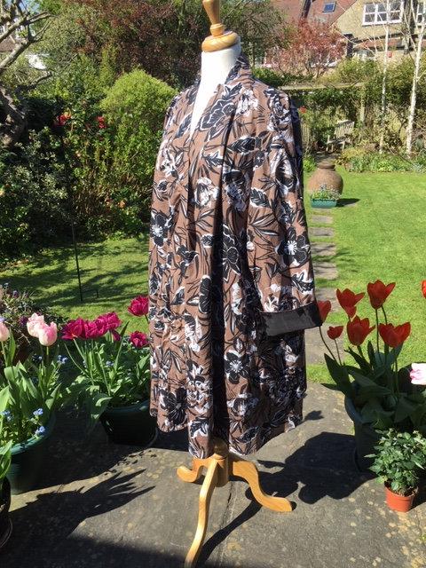 Swing coat in cotton poplin
