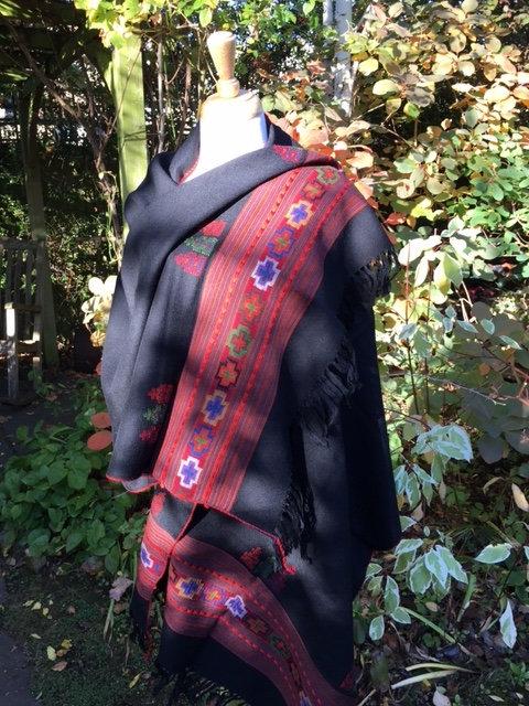 Kulu valley wool shawl