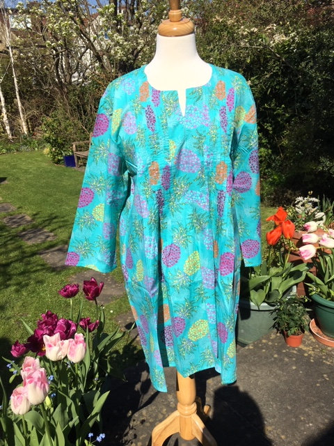 Printed cotton top with pin tucks