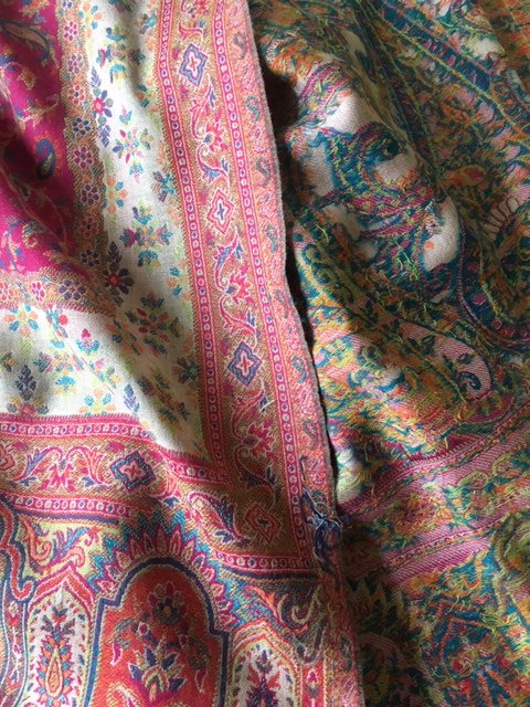 Traditional Indian wool stole in paisley Kani weave.