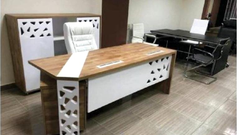 Director Office+ Side Unit +Locker 1.8M