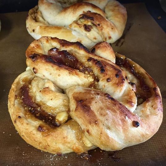 Fig jam gorgonzola and bacon pretzel tod