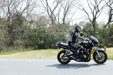 ブラックバイク単独.jpeg
