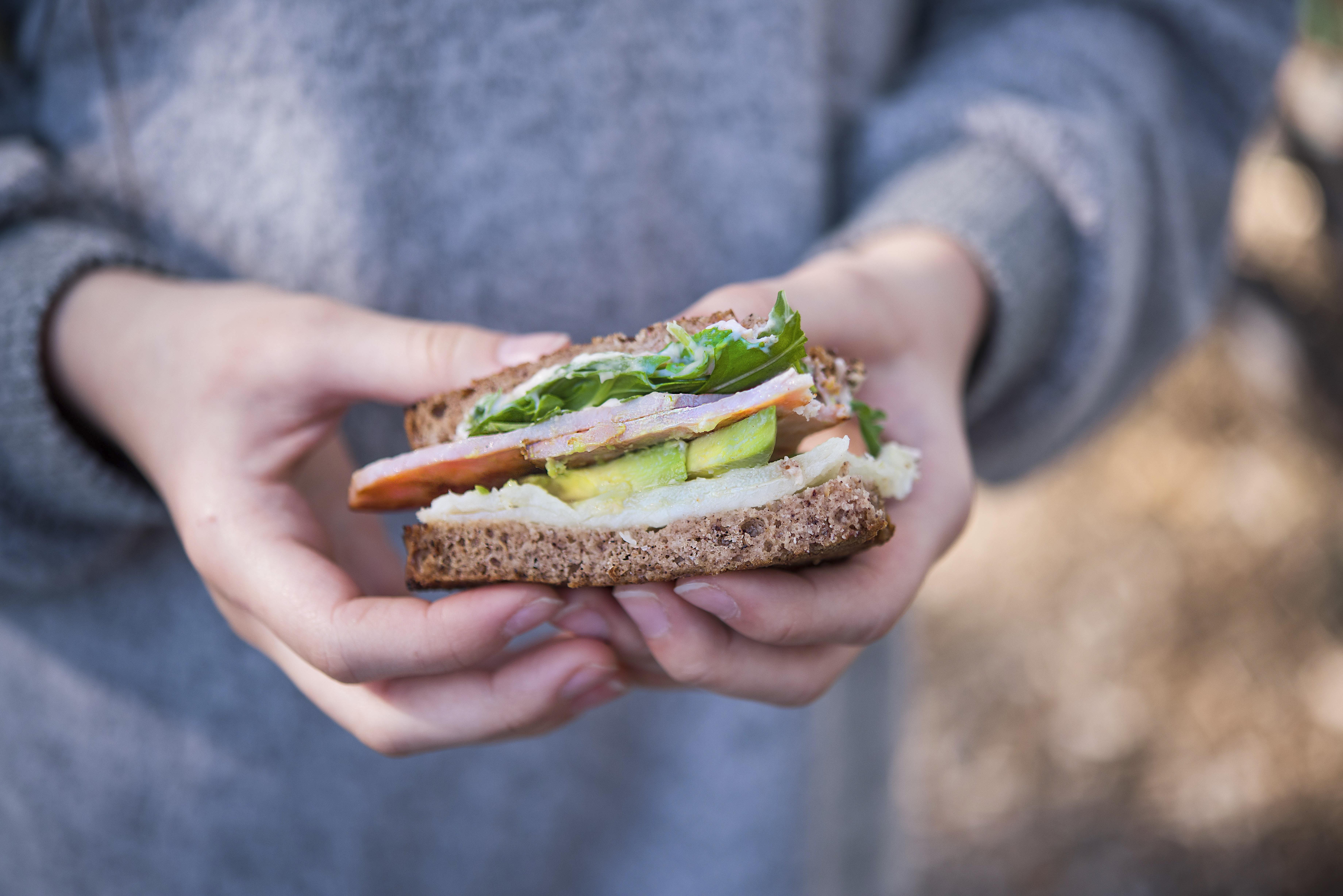 Kuwl in hand Sandwich bread_