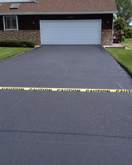 driveway-sealing-bear-delaware