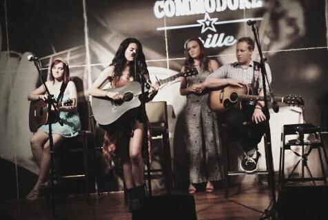 AliT - Commodore Grille - Nashville