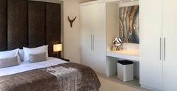 Grande Suite - Kingsize bed dress table