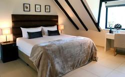 Vermeer Suite King Bed Cape Vermeer Luxu