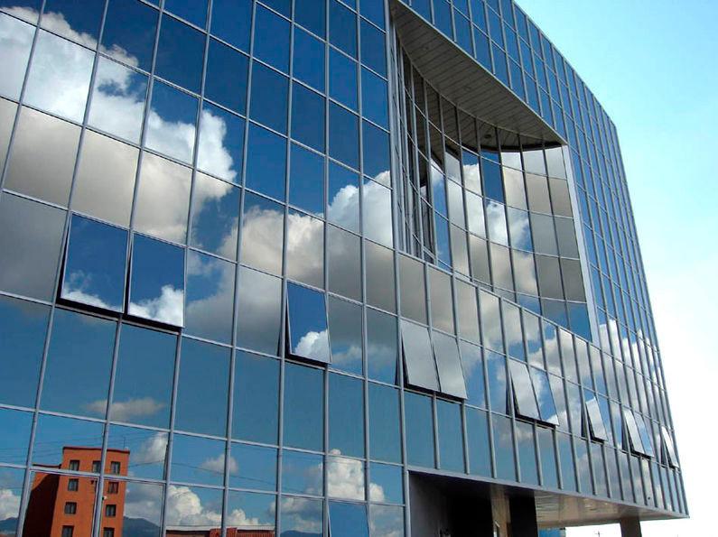 زجاج معماري 1.jpg
