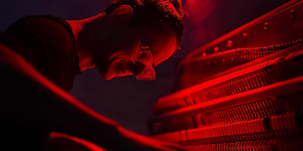 Yoga Piano Konzert im Liegen