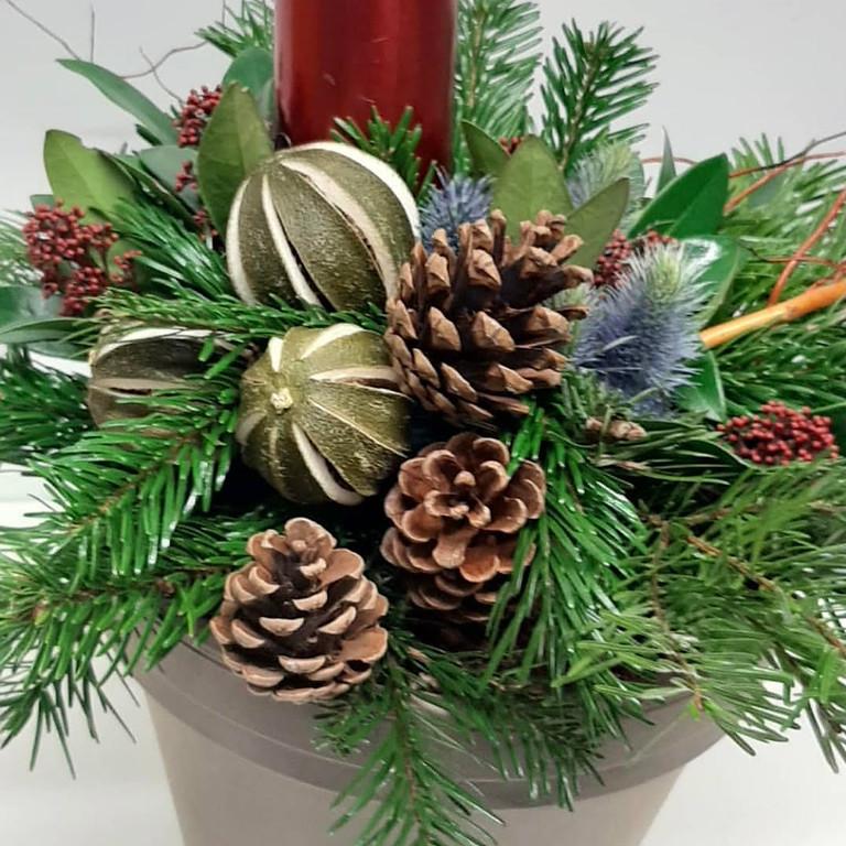 NATURAL CHRISTMAS ARRANGEMENT WORKSHOP