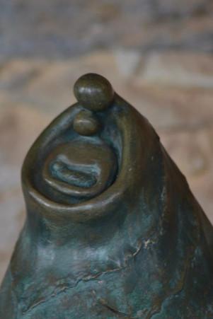 _Sagrada Família__Escultura em argila fundida em pó de bronze.jpg