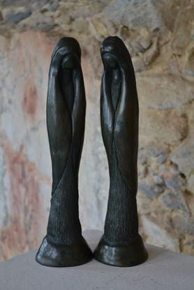 _Nossa Senhora da Paz__Esculturas em argila fundidas em pó de bronze.jpg
