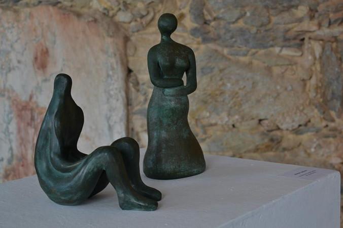 _Tarse_ e _Mulher grávida__Esculturas em argila fundidas em pó de bronze.jpg