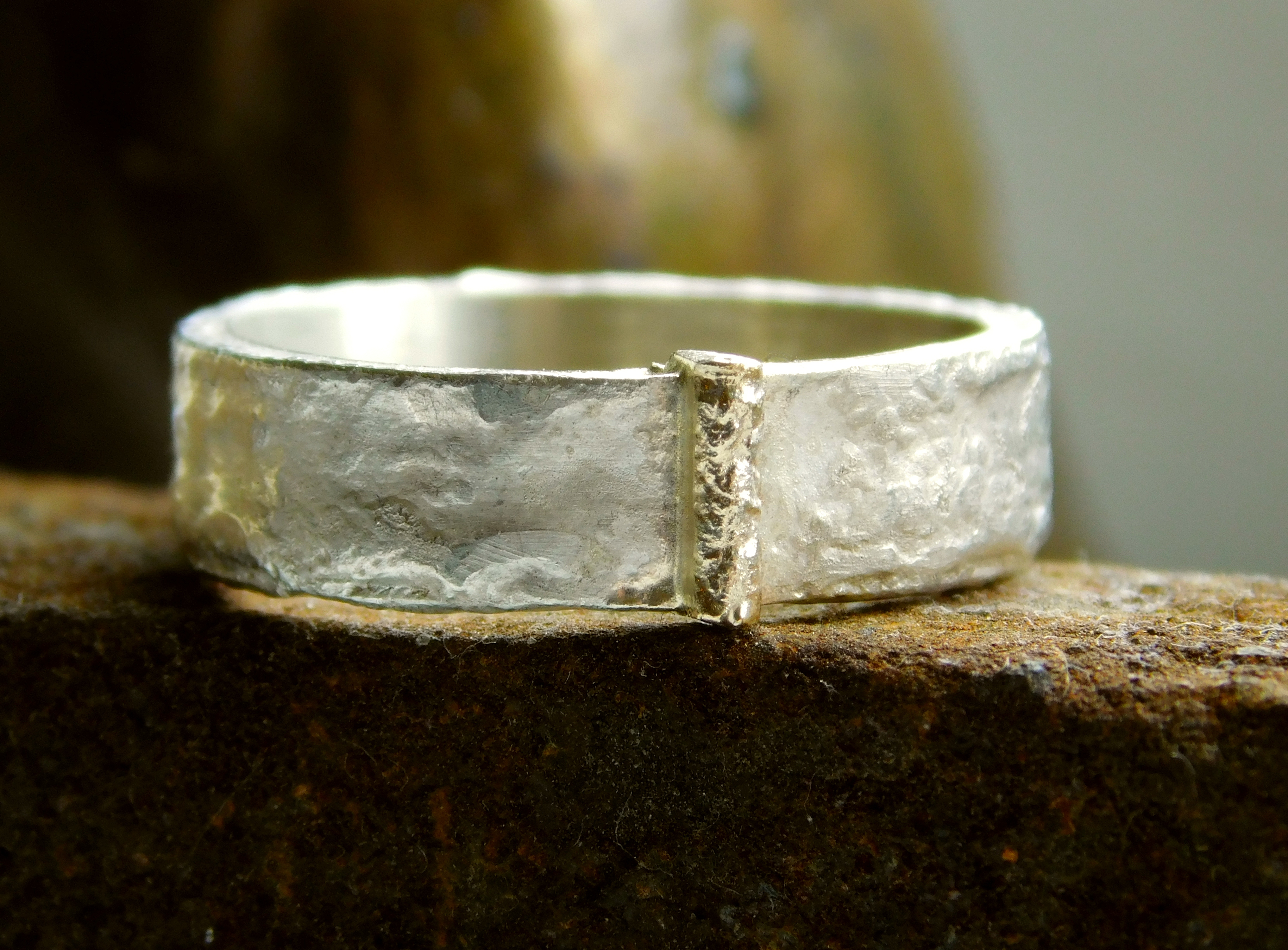 ReticulatedRingWith14KGoldWedge