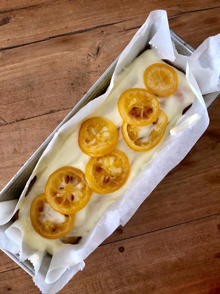 Citroen maanzaad cake met gekonfijte citroen