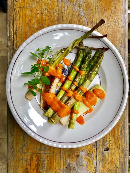 Geroosterde veggies met romescosaus