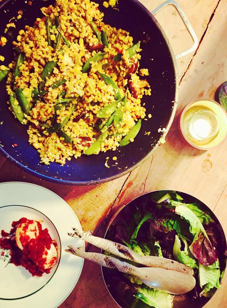 Bulgur met shitake, geschaafde bloemkool en pittige eieren