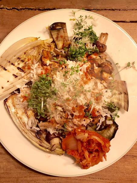 Vegan - Haverpannenkoekjes met gegrilde groente en kimchi