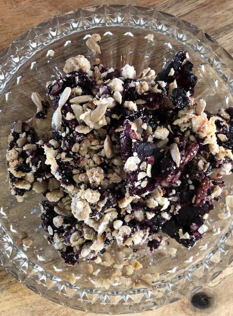 Breakfast blueberry crumble