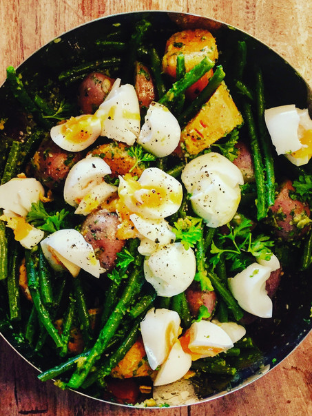 Salade van Roseval aardappelen