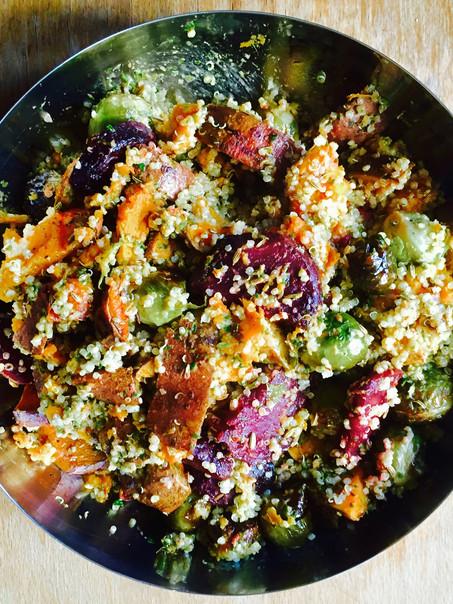 Quinoa zoete aardappel, spruiten en biet