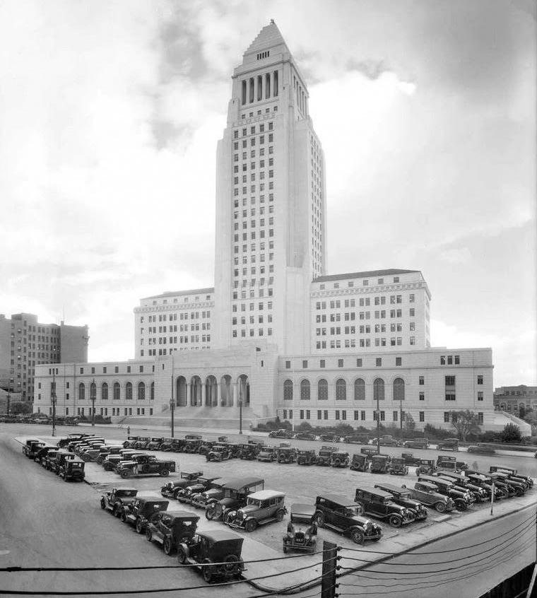 1931.LA-CityHallPkingLot_USC