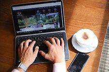 coffee-laptop-free-wifi-venue360.jpg