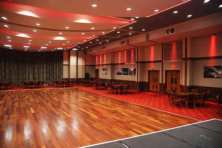 The Riverside Suite - large pillar free space