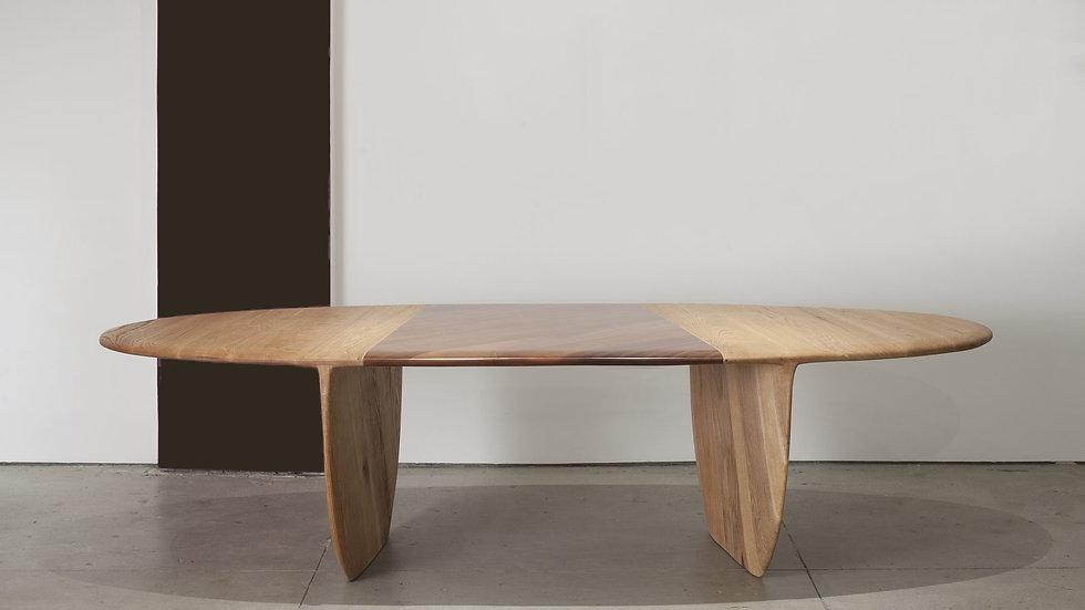 Pebble Table 004