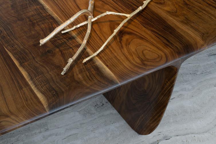 Pebble Long Desk by Gal Gaon. PH_Gidon L