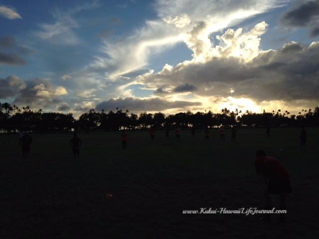 色鮮やかなドラゴンフルーツとサッカー遠征直前練習
