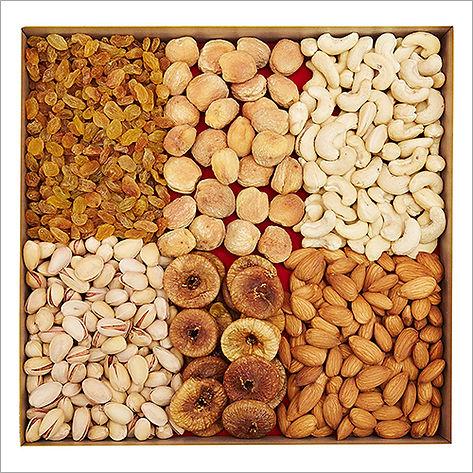 900-Gm-Dry-Fruit-Gift-Box.jpg