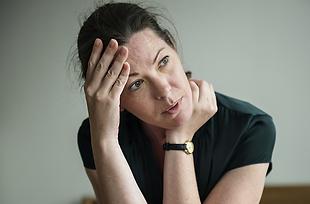 Depression ist eine psychische Erkrankung, die sich in zahlreichen Beschwerden äussern kann.