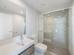 1176 Bathroom