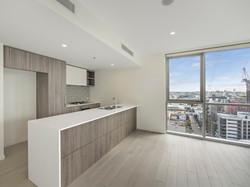 1161 View to kitchen