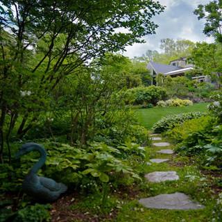 Outside Homes: Peak Garden Beauty In Middle Age