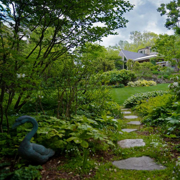 Outside Homes: Peak Garden Beauty In Middle Age