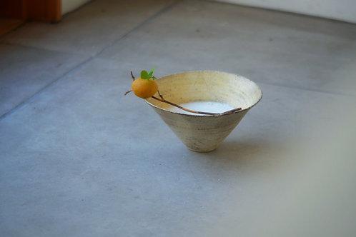 Baked triangle bowl / Mashiko / 21st century