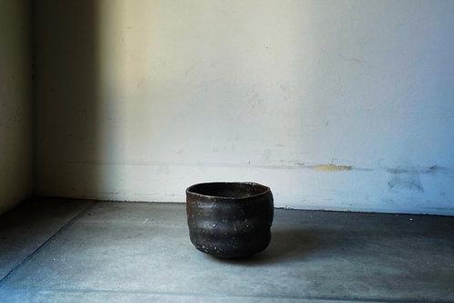 不思議な筒形茶碗 / 出自不明
