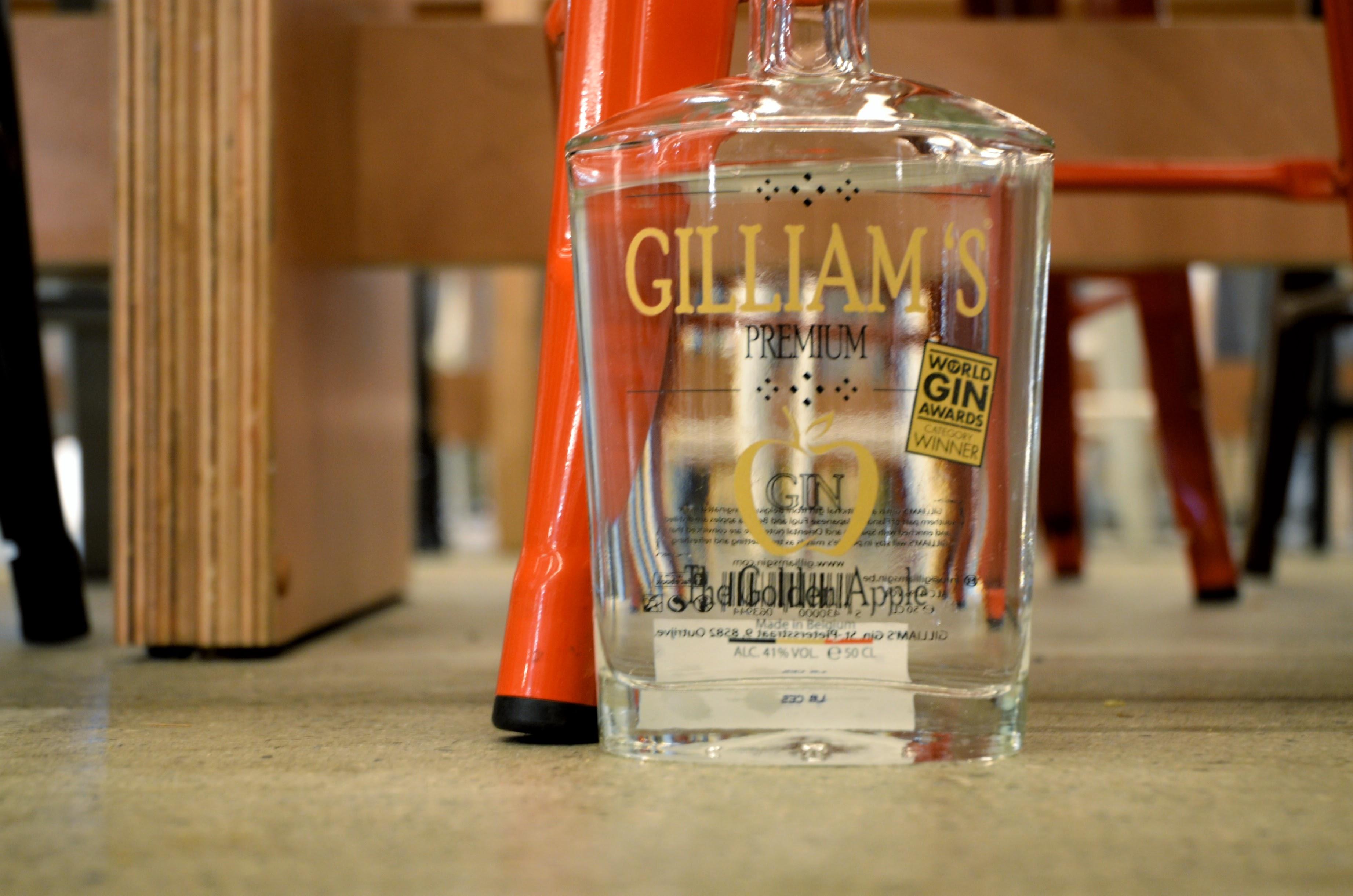 GILLIAMS GIN / ジリアムズ