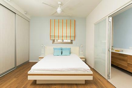 חדרי שינה של אסטרו | אסטרו נגריית רהיטים