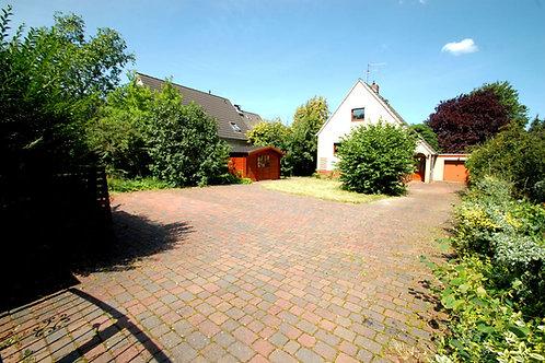 Einladendes Einfamilienhaus mit großem Garten und viel Potential
